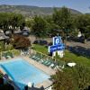 Coast Penticton Hotel - Exterior Pool