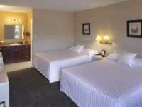 Lakeside Villa Inn & Suites