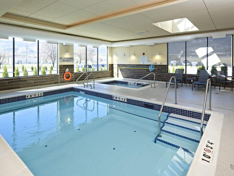 fairfield penticton indoor pool and hot tub