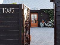 La Petite Abeille Cider entrance