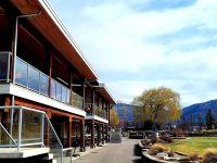 Penticton Golf & Country Club restaurant patio
